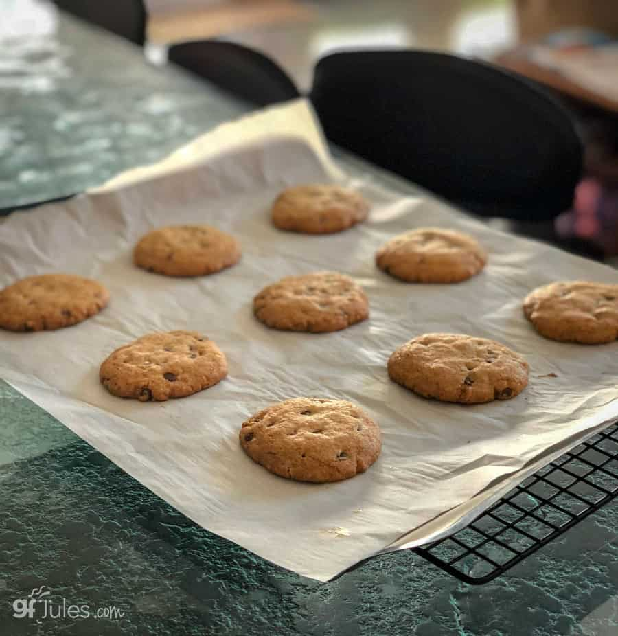gluten free chocolate chip cookies for ice cream sandwiches